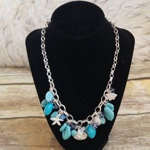 BEACHY STATEMENT NECKLACE